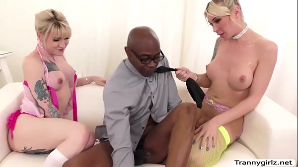 Slutty trannys love to get pounded