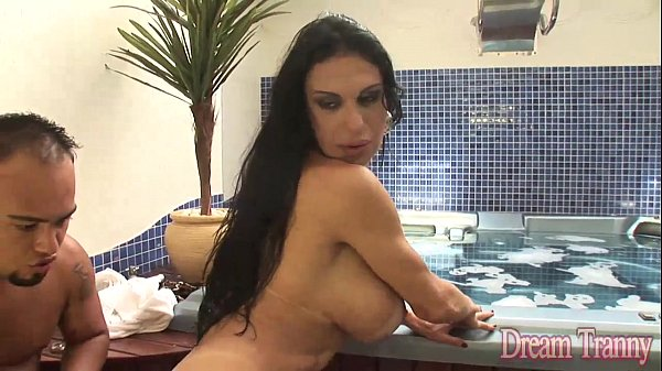 Tranny takes it bare up her ass